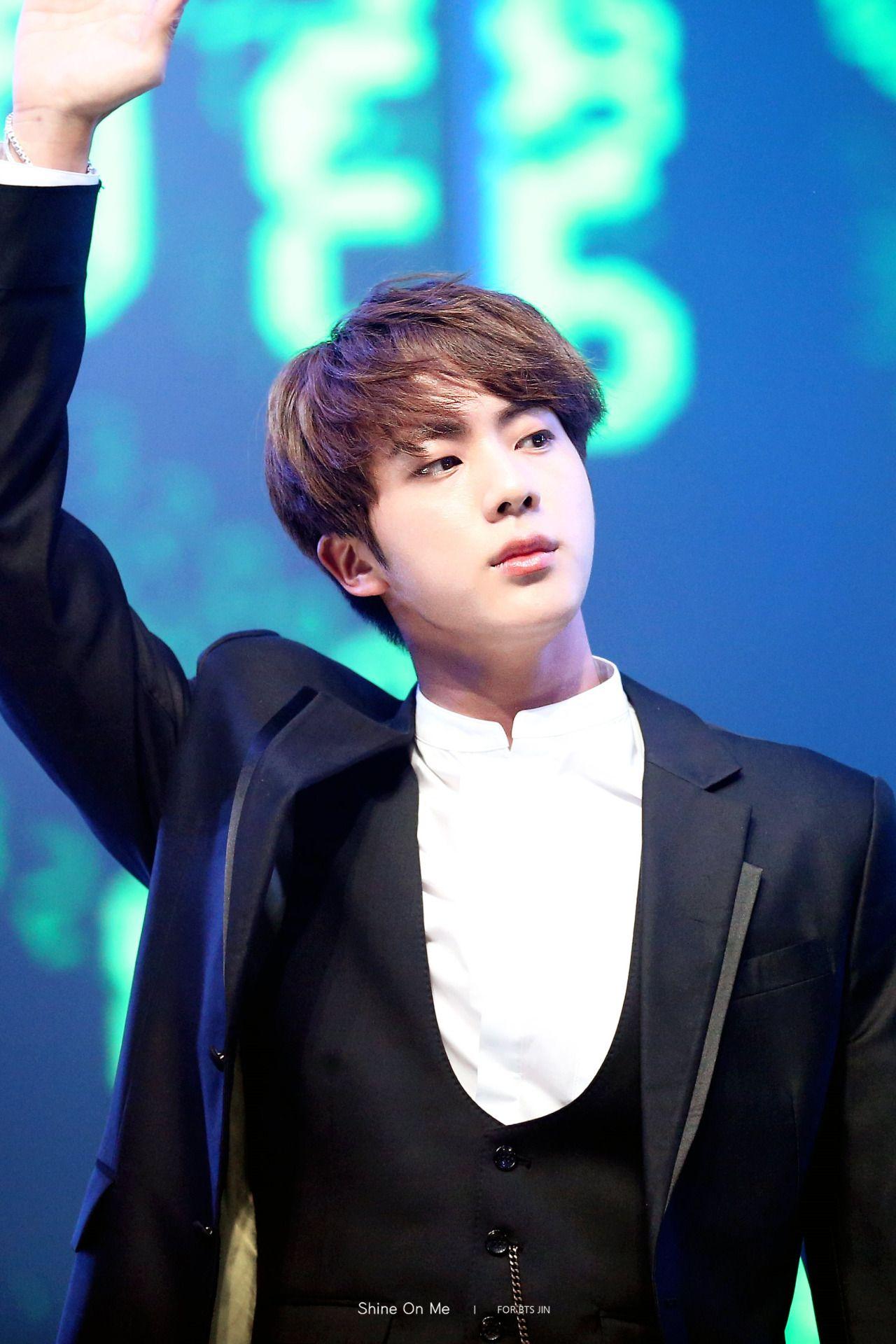 Pinterest Brightmochi ˈ Seokjin Jin Bts ˈ Seokjin Worldwide Handsome Kim Jin