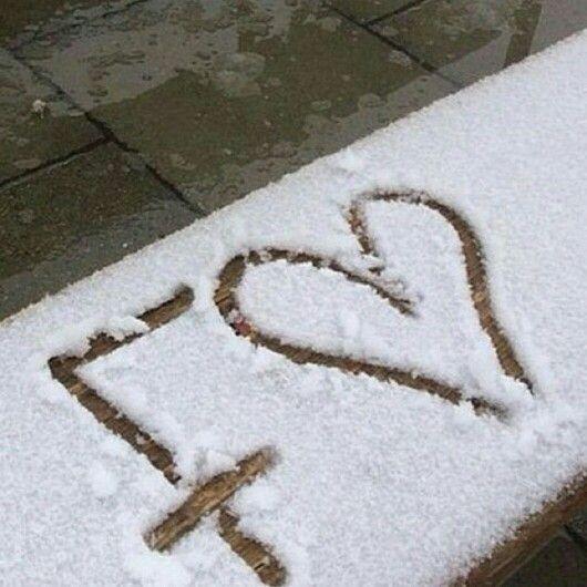 Pin By Binte Khan On M Vou T L Tt Stylish Alphabets Cute Love Quotes Cute Profile Pictures
