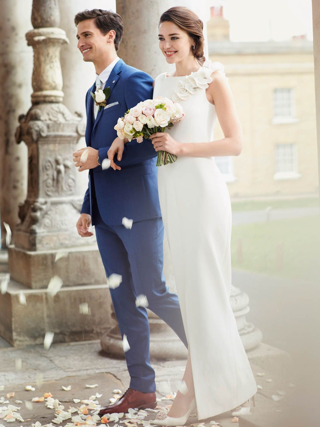 Bridal Gown Ted S Britley Wedding Dress Is Simple And Elegant With Statement Shoulder Detai Simple Wedding Gowns Bridal Dresses Vintage Amazing Wedding Dress