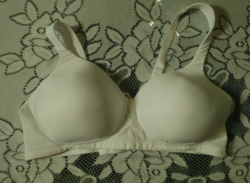 Vanity Fair Bra 40C Nude Lined Full Coverage 71380 Wire Free Comfort  #VanityFair #FullCoverageBras | Fashion Bras New And Used | Pinterest |  Wire,