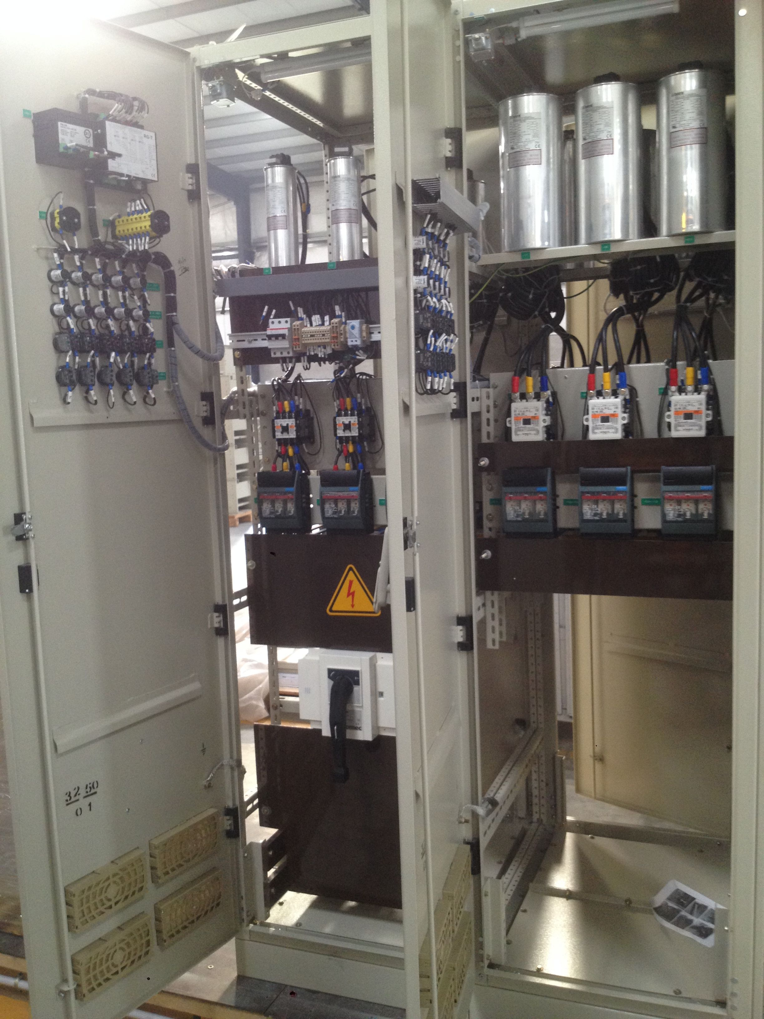 Main Equipment Of Switch Gear And Their Working
