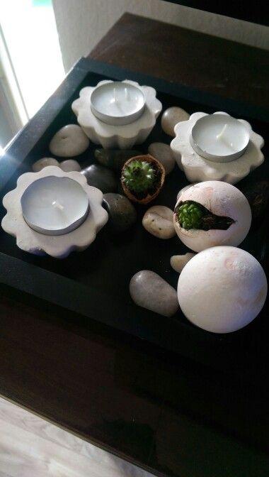 Gips Teelicht uns Gipsei mit kleiner Pflanze