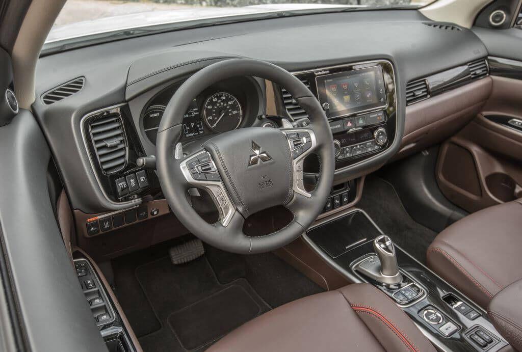 2017 Mitsubishi Outlander Sport, PHEV hybrid, review