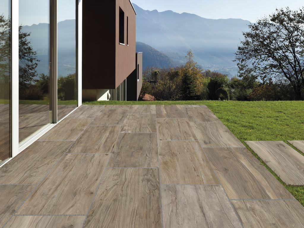 Terrassenplatten im Holzdesign  Terrasse  Fliesen
