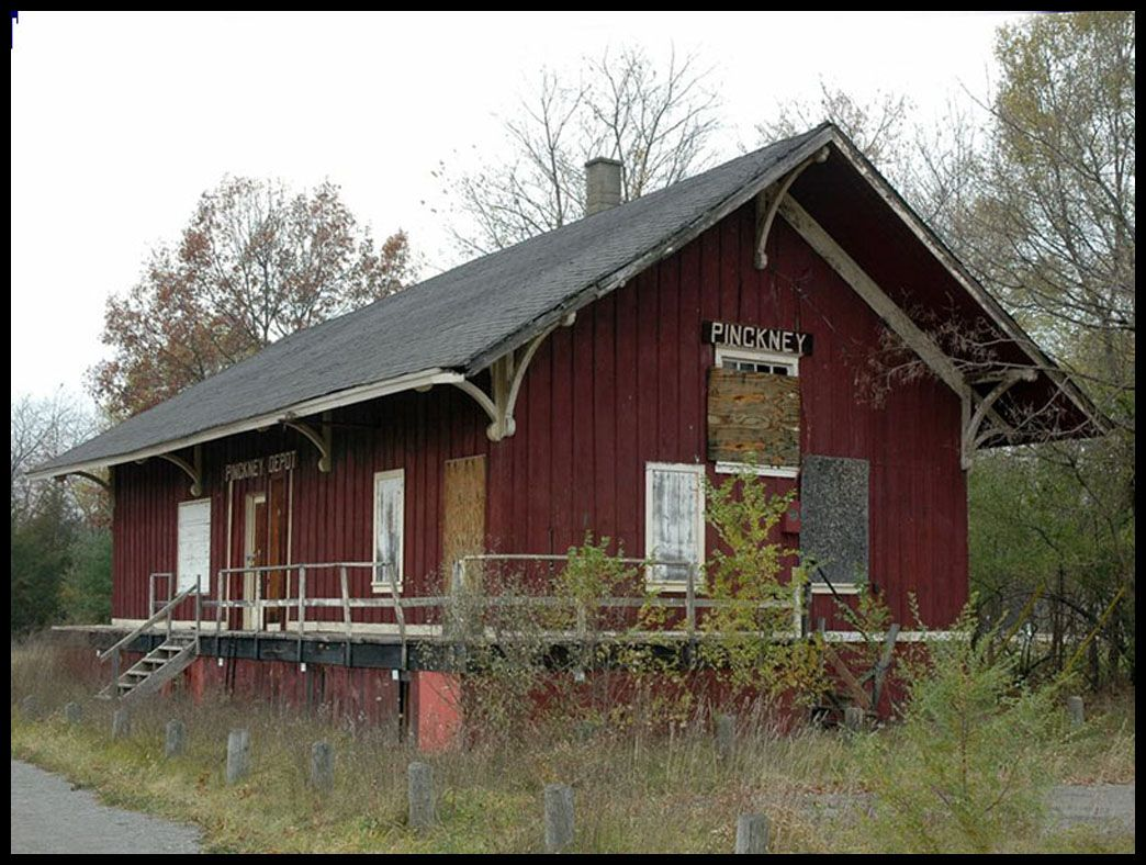Pinckney Mi Train Station With Images Old Train Station