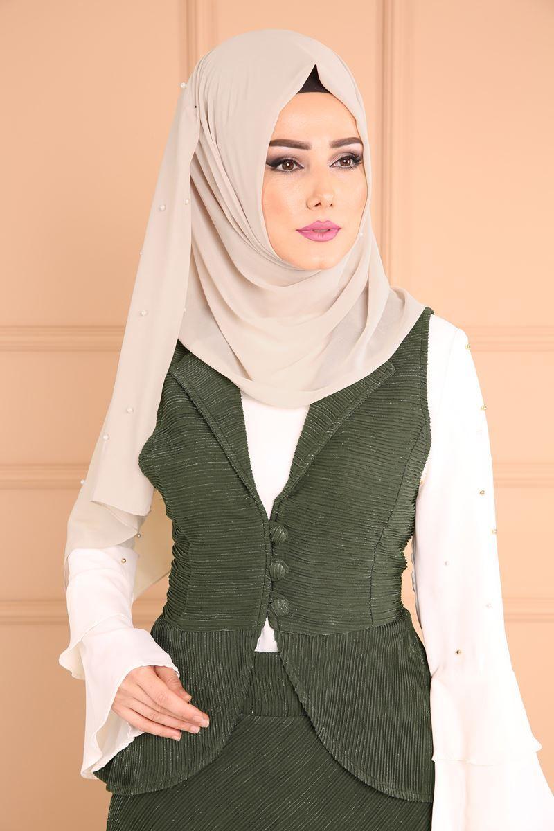 135d1eed4cb66 Tesettür İstanbul Sayfa 5 Türban Kıyafetler, Afrika Elbise, Başörtüsü Modası,  Defile, Karakter