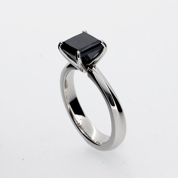 c766c9bb6024 anillo de compromiso piedra negra. anillo de compromiso piedra negra Anillos  ...