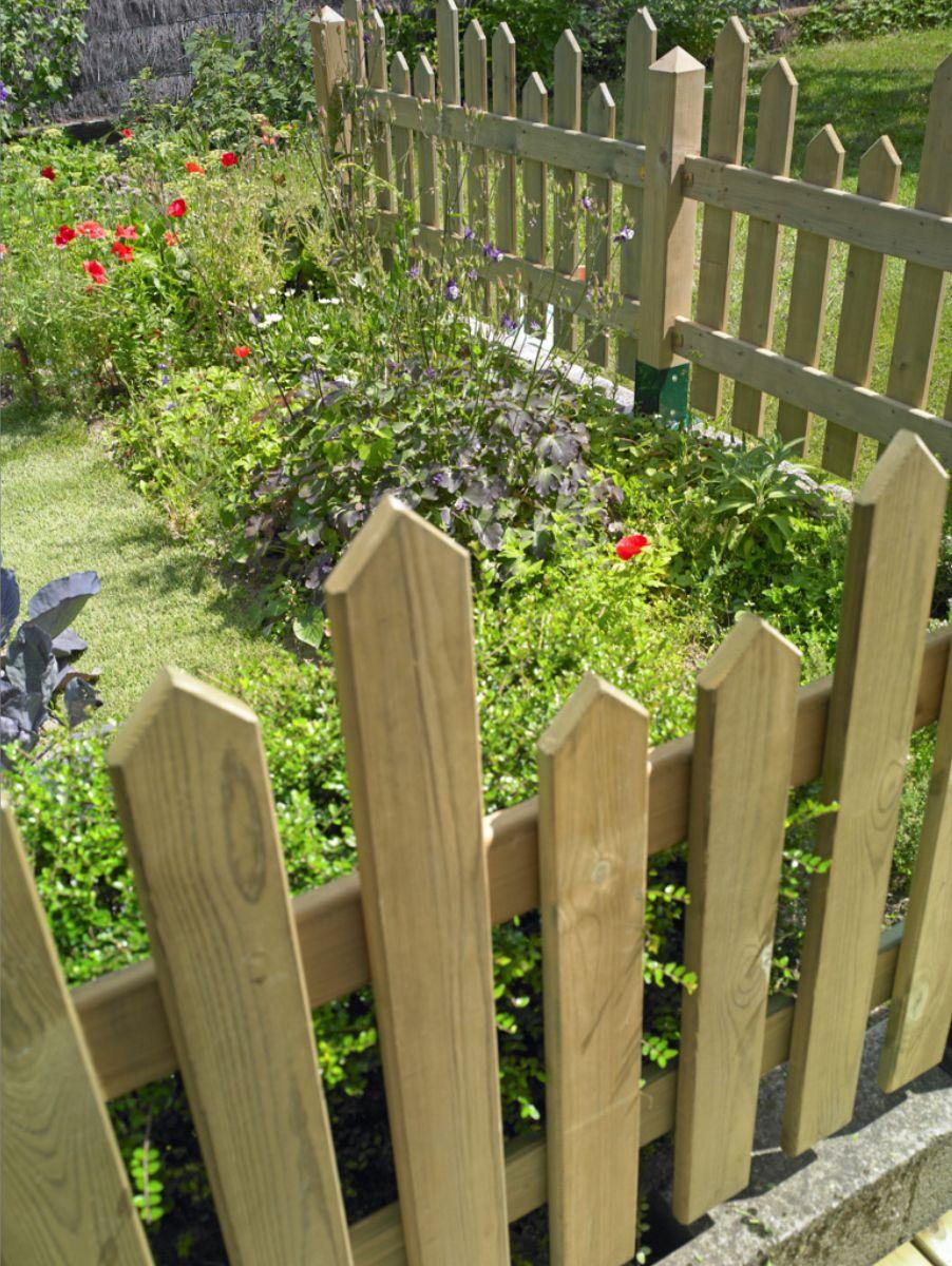 Cl turer son jardin cloture jardin bois barri re jardin - Fabriquer son salon de jardin en bois ...
