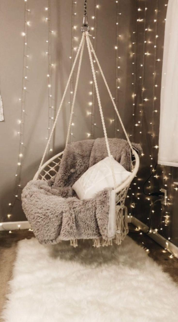 Dies ist ein gemütlicher Stuhl, von dem ich immer geträumt habe. Es hängt von der ... - Schlafsaal