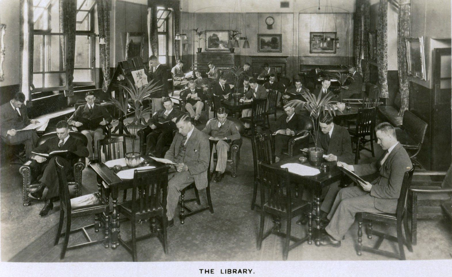 Postcard Showing Interior Of A South London Public Library