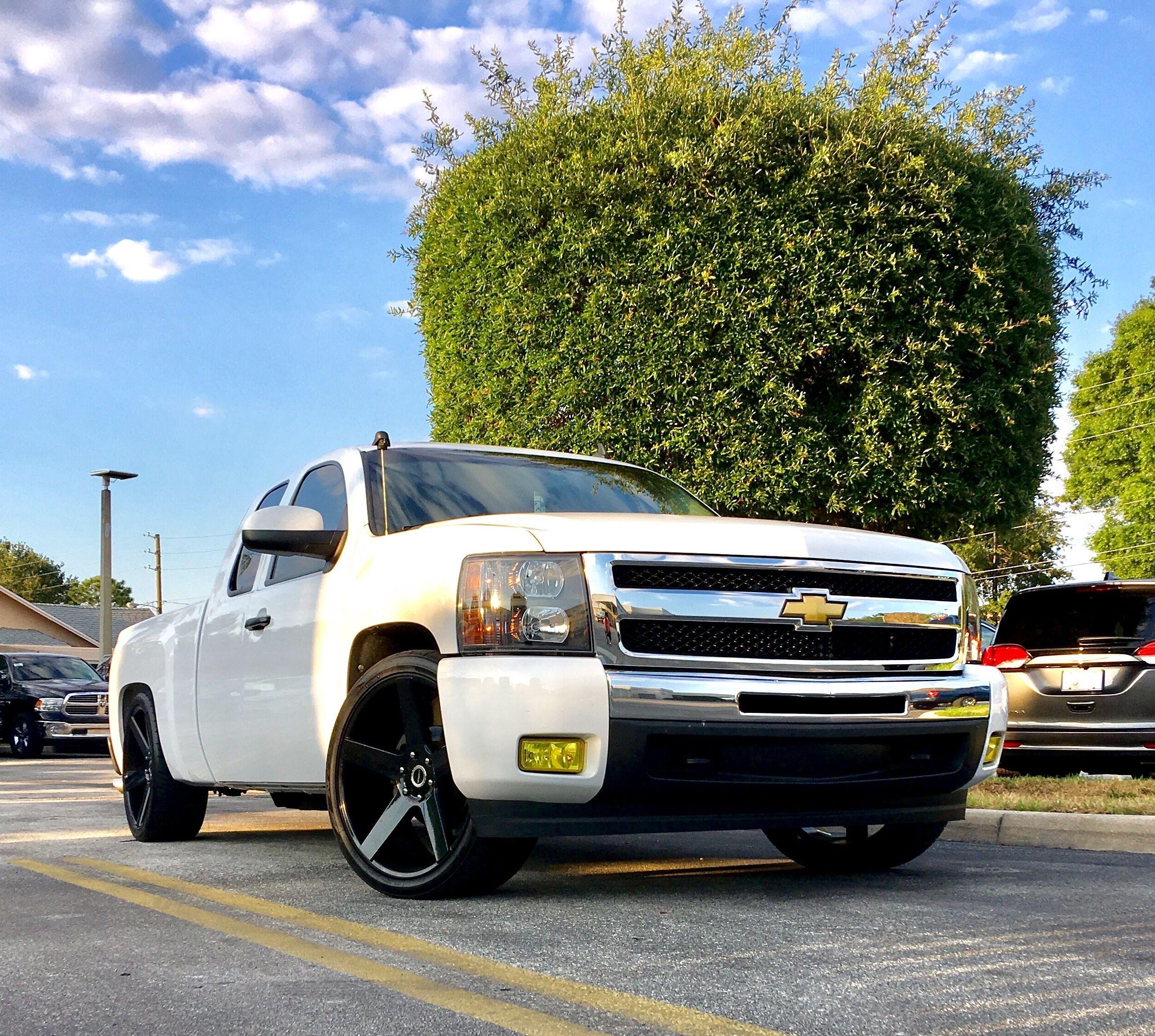 My Lowered White 09 Chevy Silverado On Black Strada 24 S