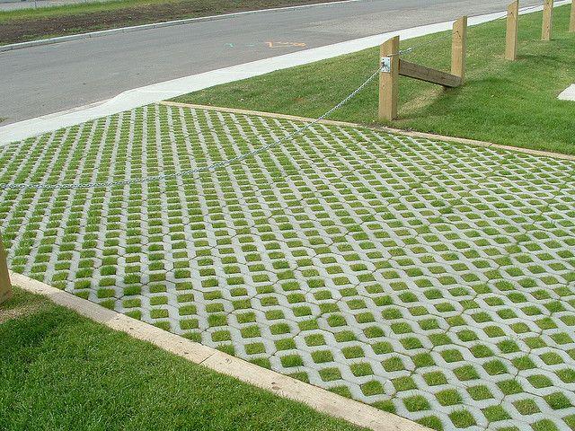 Grille gazon type RAGA - Dalles béton gamme écologie, infiltration - faire une dalle en beton exterieur