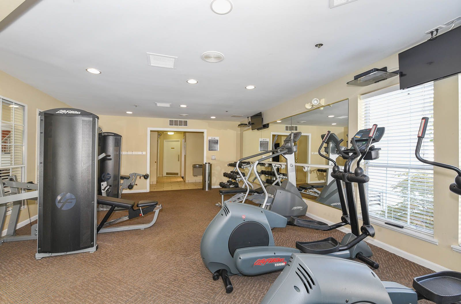 Get Your Sweat On In Our State Of The Art 24 Hour Fitness Center Themark Illinois Apartments For Rent Bedroom Floor Plans Bedroom Flooring