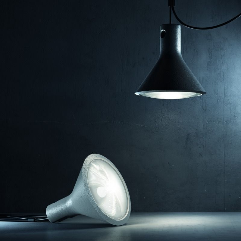 The Yupik Styrofoam Lamp is Made With Moving Locations in Mind