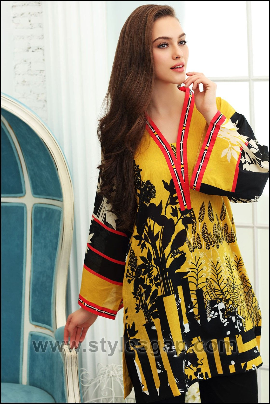 298cd7489970b3 Summer Fashion Lawn Kurti Designs Trends Latest Collection 2018-2019