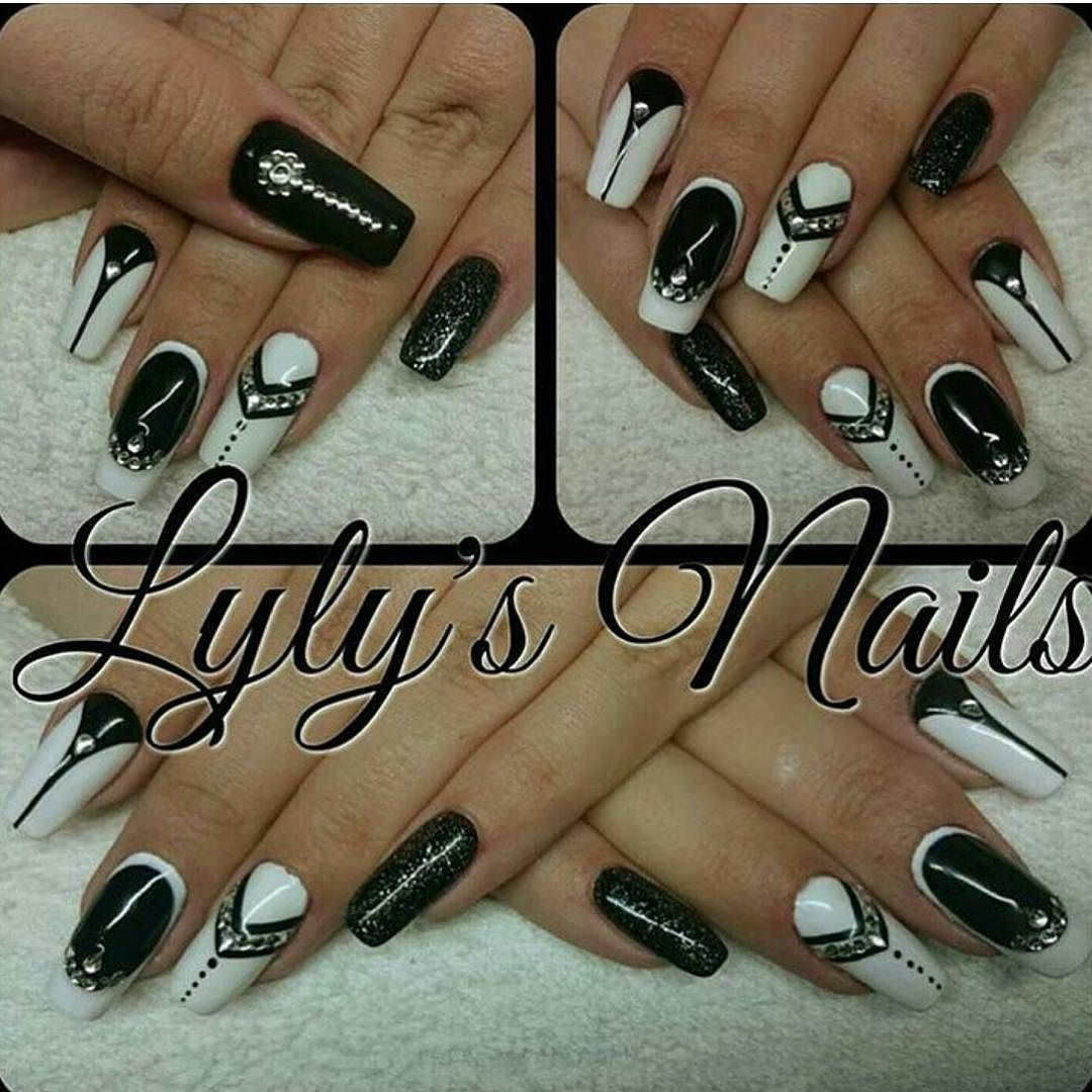 Check out @TammyTaylorNails for more pictures like this! #TammyTaylorNails #TammyTaylor #Nails #Gelegance #GelNails #NailDesigns #NailLove #NailArt #NailLacquer #NailPolish #PrizmaPowderz #AcrylicNails #NailTech #Beauty #BeautifulNails #InstaNails #IGNails #NailSalon #Gel #NailsofIG #Fashion #nailstagram #nailartappreciation #nailsoftheday #nailsoftheweek #nailsofig #nailswag #GelPolish #NailProducts #damon by jaime_ttnails