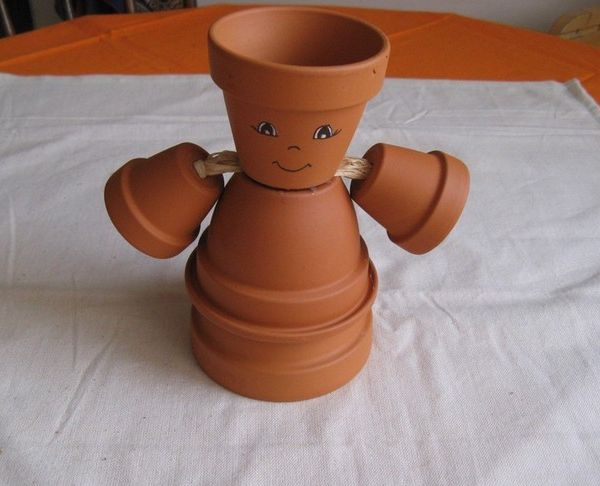DIY Garden Projects Ideas Clay Flower Pots Structure