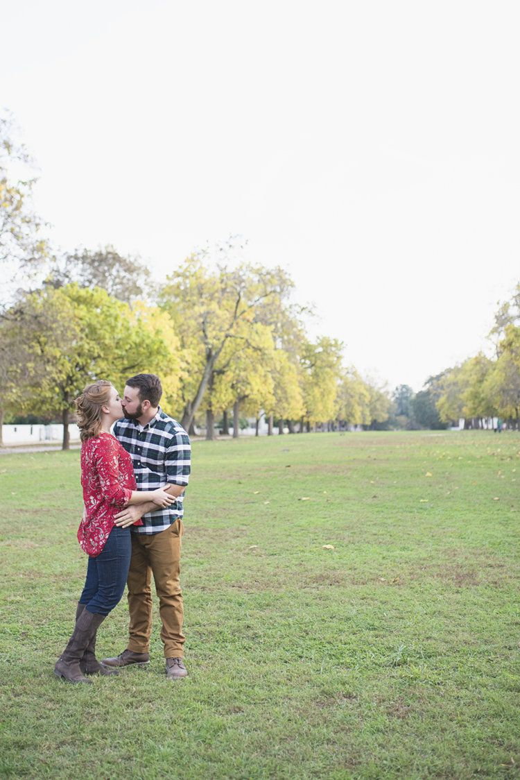 Colonial Williamsburg Fall Engagement Session