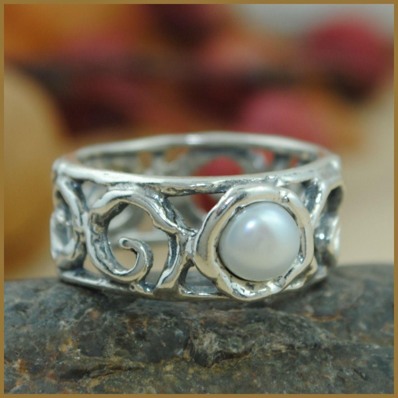 Anna Pearl Ring Size 9 Inspiranza Designs Pearl ring