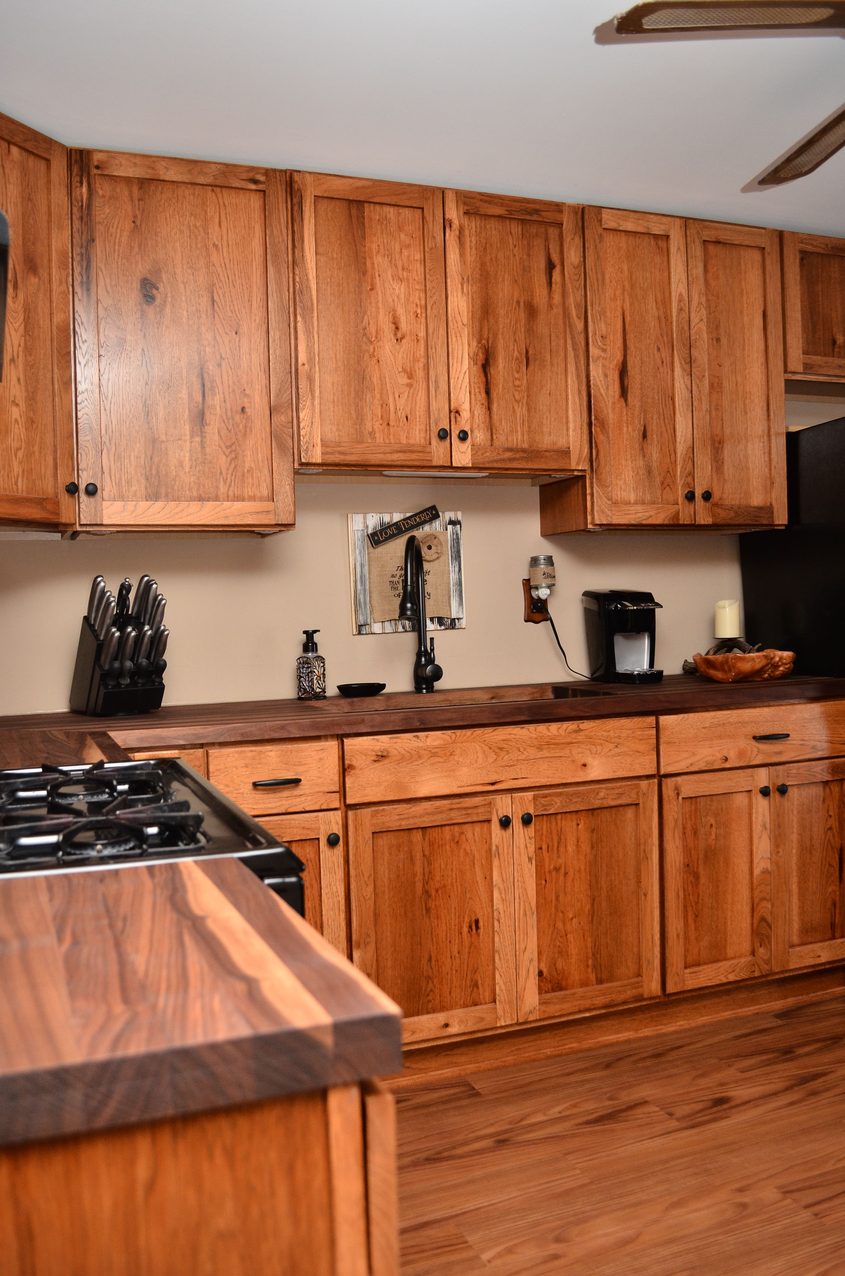 Haas Signature Shakertown V Rustic Hickory Pecan Hickory Cabinets Kitchen Cabinets Kitchens Bathrooms