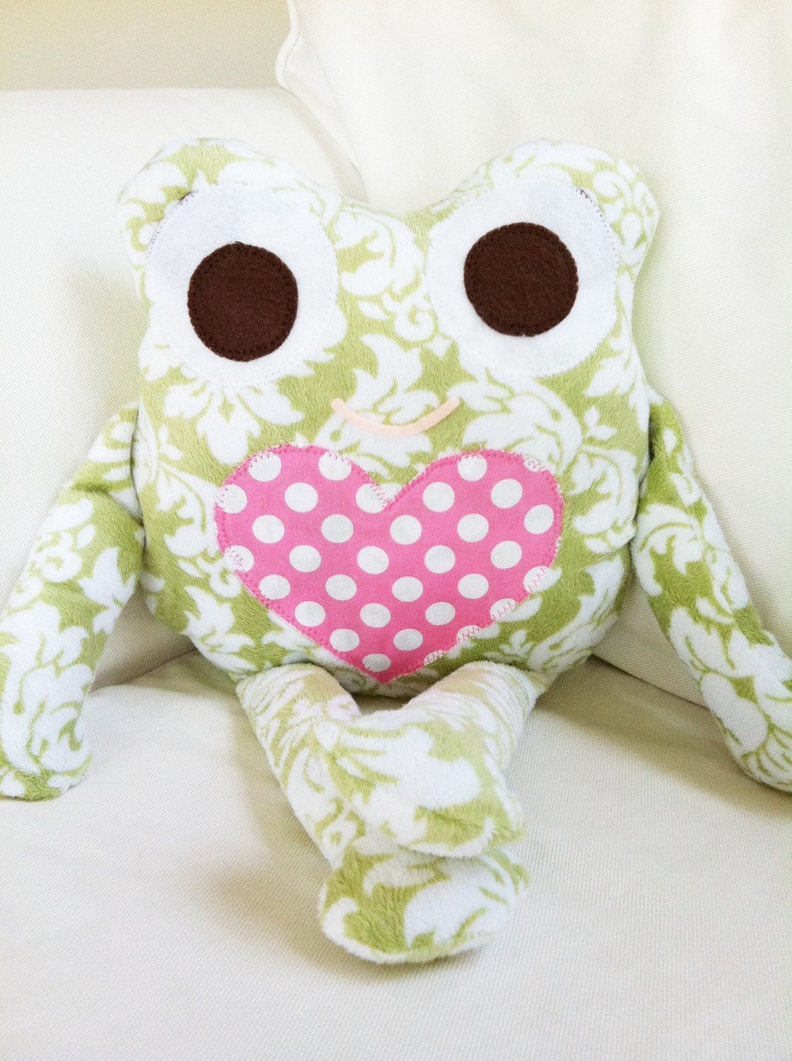 Pdf sewing pattern frog pillow softie fabric toy pattern 900 pdf sewing pattern frog pillow softie fabric toy pattern 900 via etsy jeuxipadfo Images