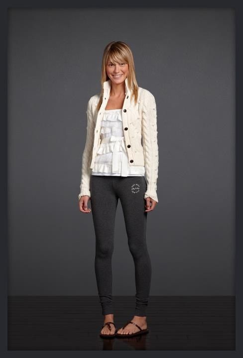 85cc503be0 Im loving the skinny sweat pants from Gilly Hicks Abercrombie Outfits