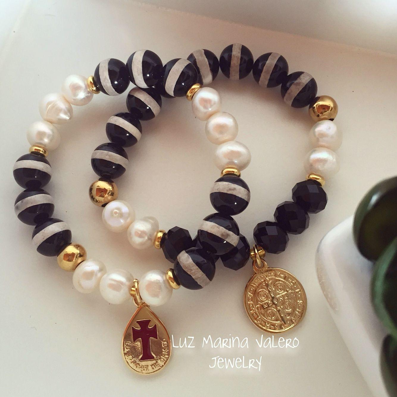 Pulseras de onix y perlas by Luz Marina Valero Jewelry