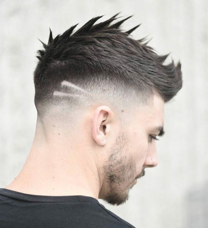 Corte de pelo lineas en la cabeza