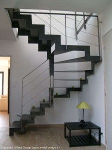 escalier 2 4 tournant metal design escalier design pinterest construction hall and house. Black Bedroom Furniture Sets. Home Design Ideas