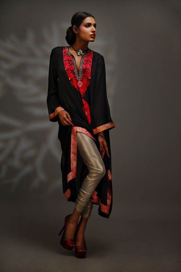 #Phulkari in #black and #red...#Stylish, #stunning and #comfortable too.