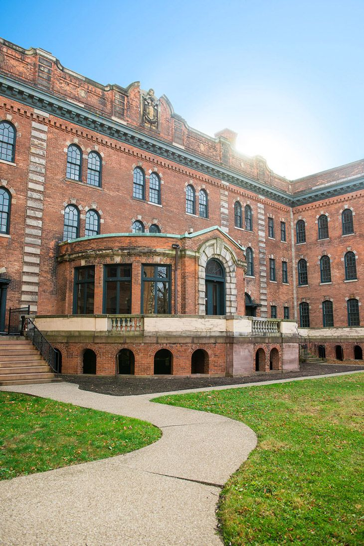300 alexander was built in 1870 for the rochester divinity