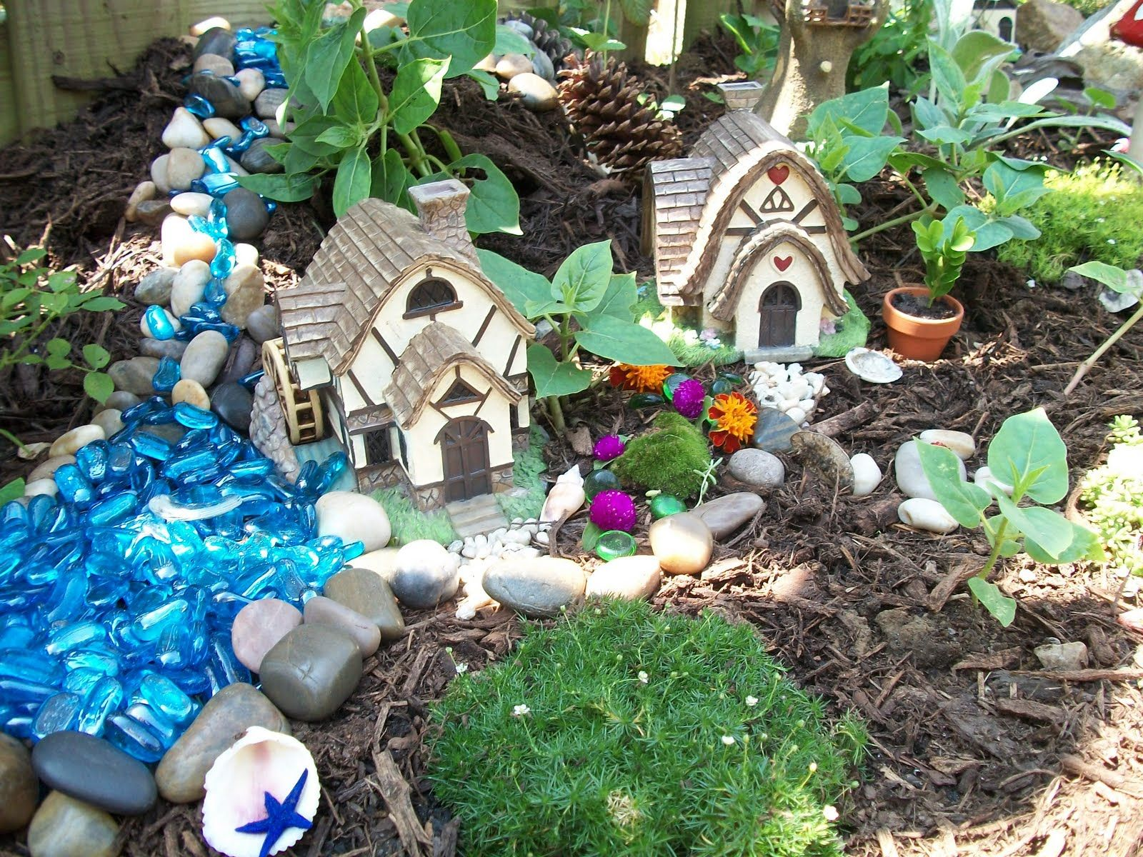Gnome Garden: Garden/Rock,Fairy And Gnome Garden Ideas. On Pinterest