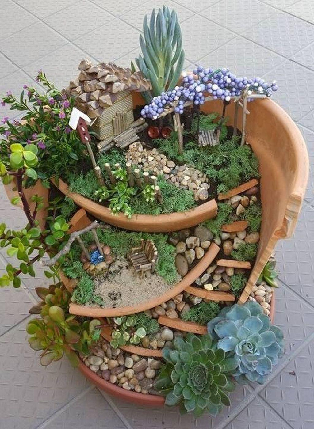 Stunning Fairy Garden Miniatures Project Ideas 59 Pflanzen