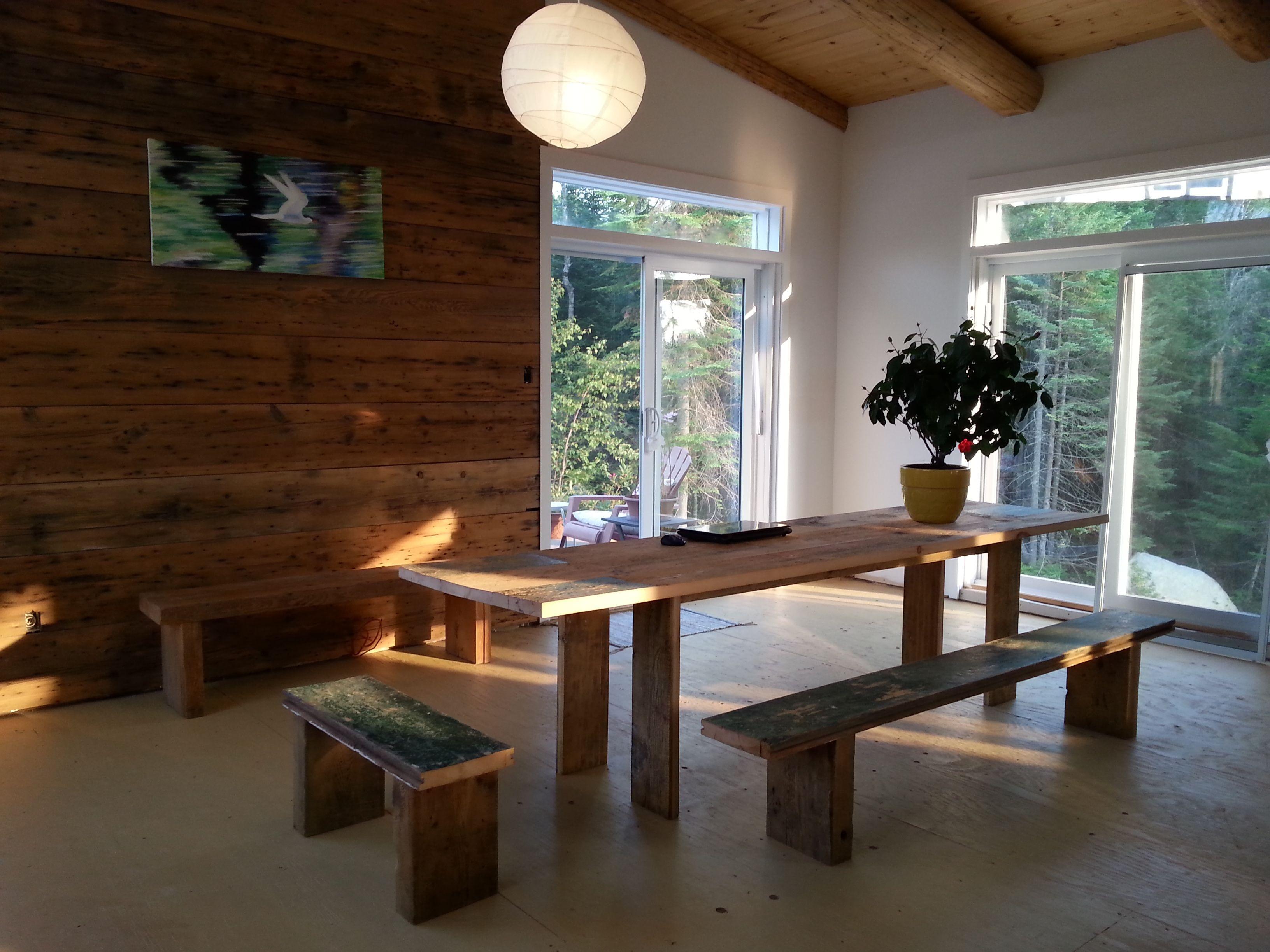 Long kitchen tables  Oumf design u long kitchen table and benches  Belles idées déco