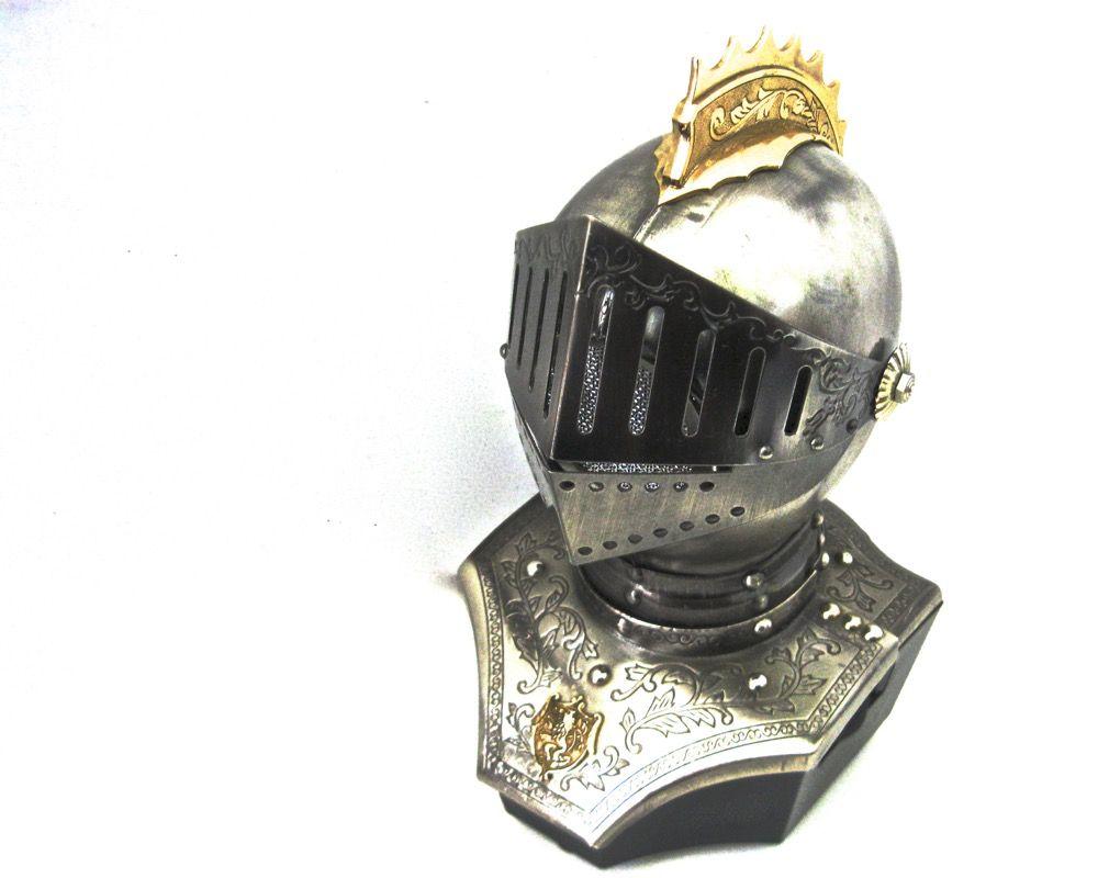 1960s Am Radio Works Knight Helmet Vintage Transistor Table Radio Engraved Armor In 2020 Transistors Knights Helmet Mesh Screen