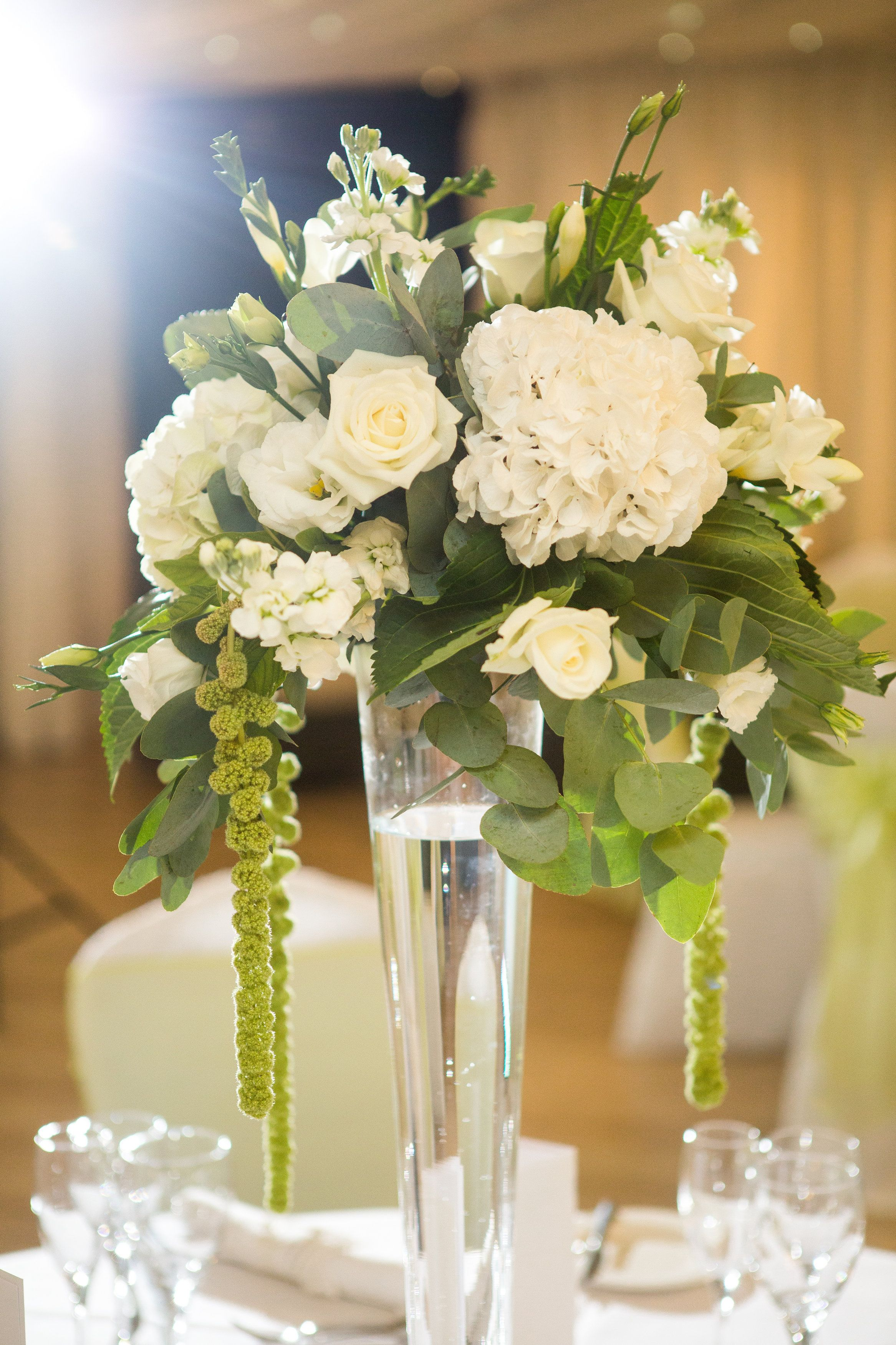 Trailing Floral Simple White Wedding Table Flower Centrepieces