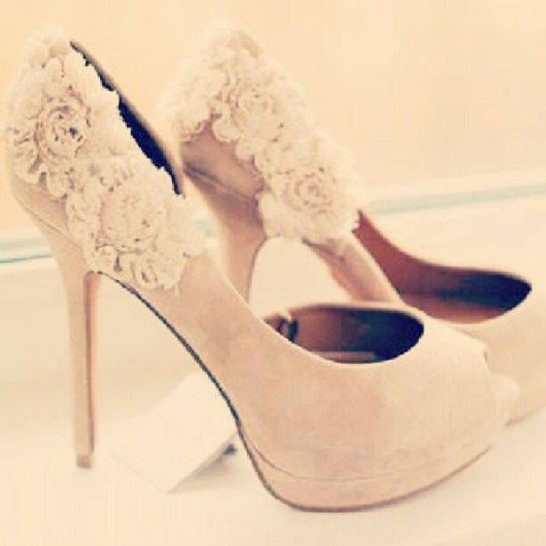 Her Shoes | Me too shoes, Floral heels, Fabulous shoes
