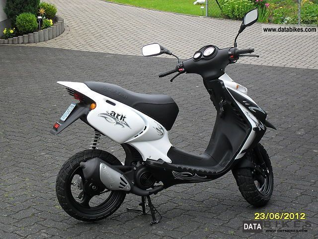 Wonderbaar 2009 Beta Ark Tribe | Scooters | Chevrolet bel air, Bel air VR-25