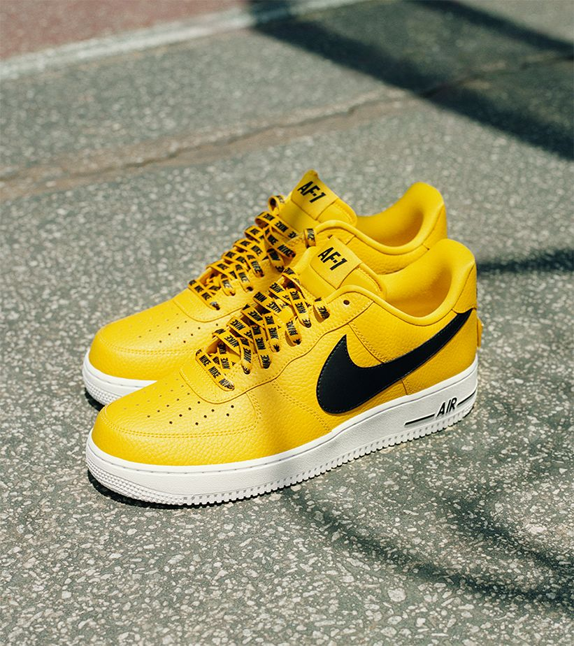 nike air force 1 yellow tick
