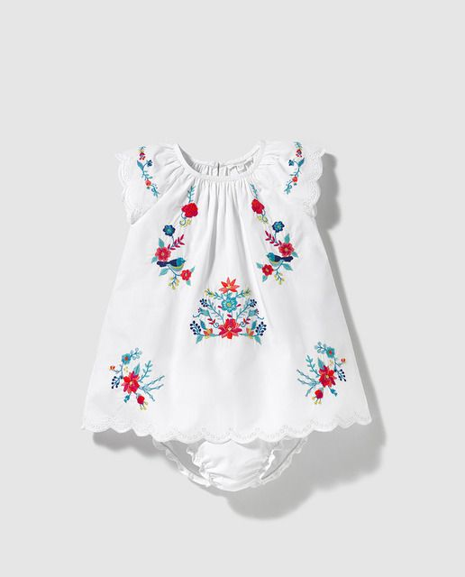 261b1913c Vestido de bebé niña Bass 10 en blanco con bordado | Angelita ...