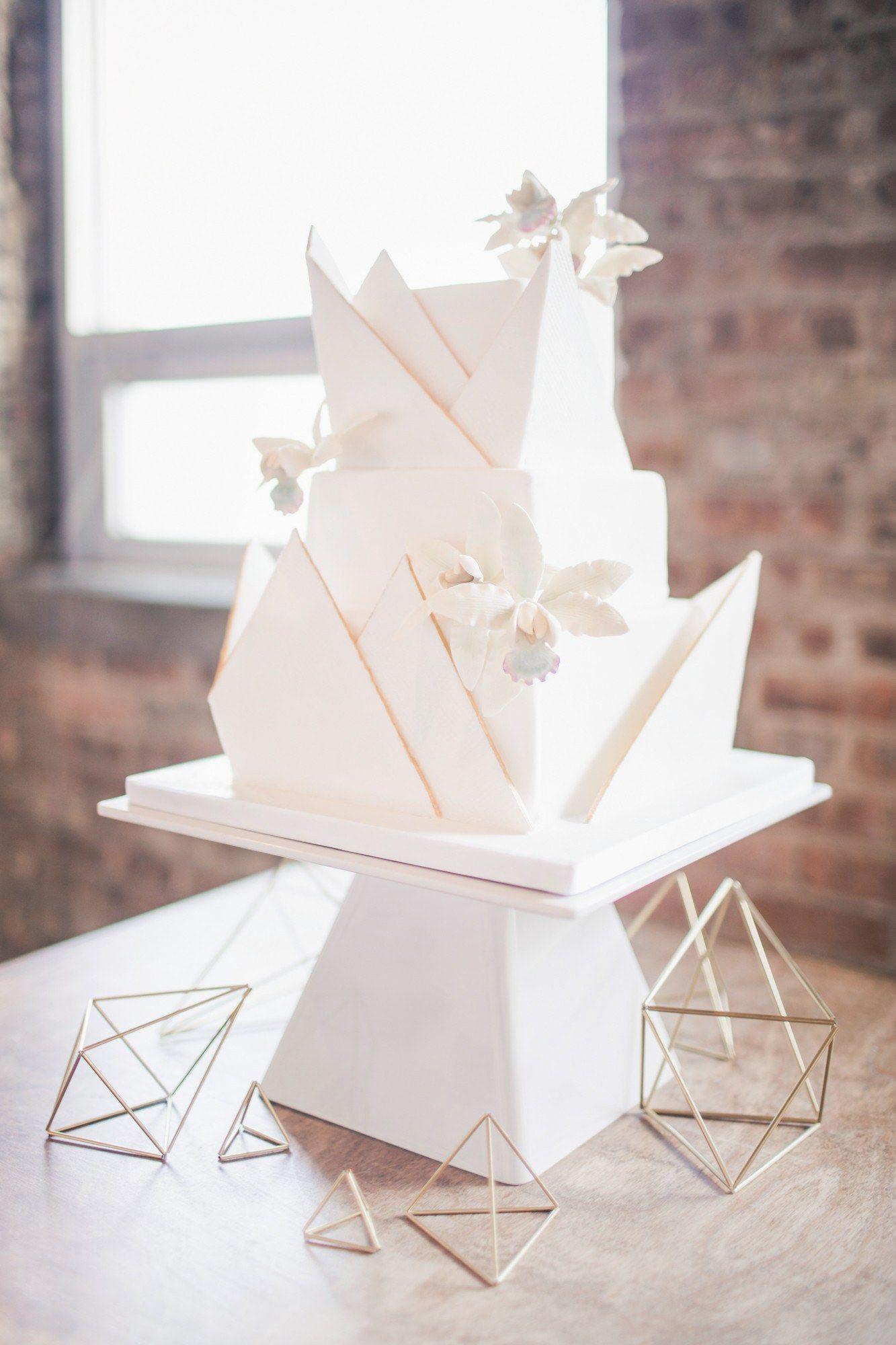 30 Modern Wedding Cake Ideas Brides Wedding Cakes In 2018