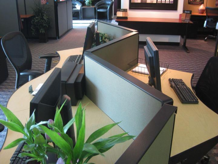 Call Stations Don T Have To Be Boring Refurbished Steelcase