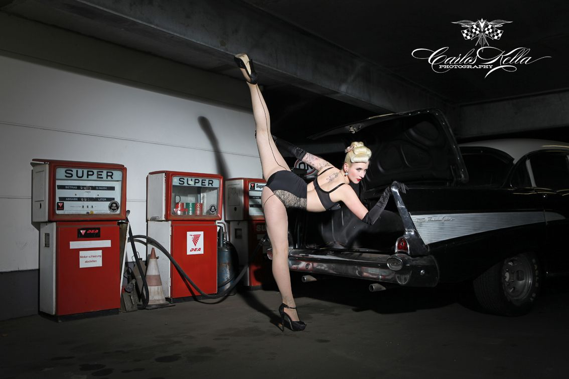First preview from our shooting with Tronicat la Miez for the upcoming 'Girls & legendary US-Cars' calendar 2014.  Photo: www.carloskella.de Model: Tronicat la Miez Publishing House: www.sway-books.de  Many Thanks to Lost Highway, Old- und Youngtimer Werkstatt