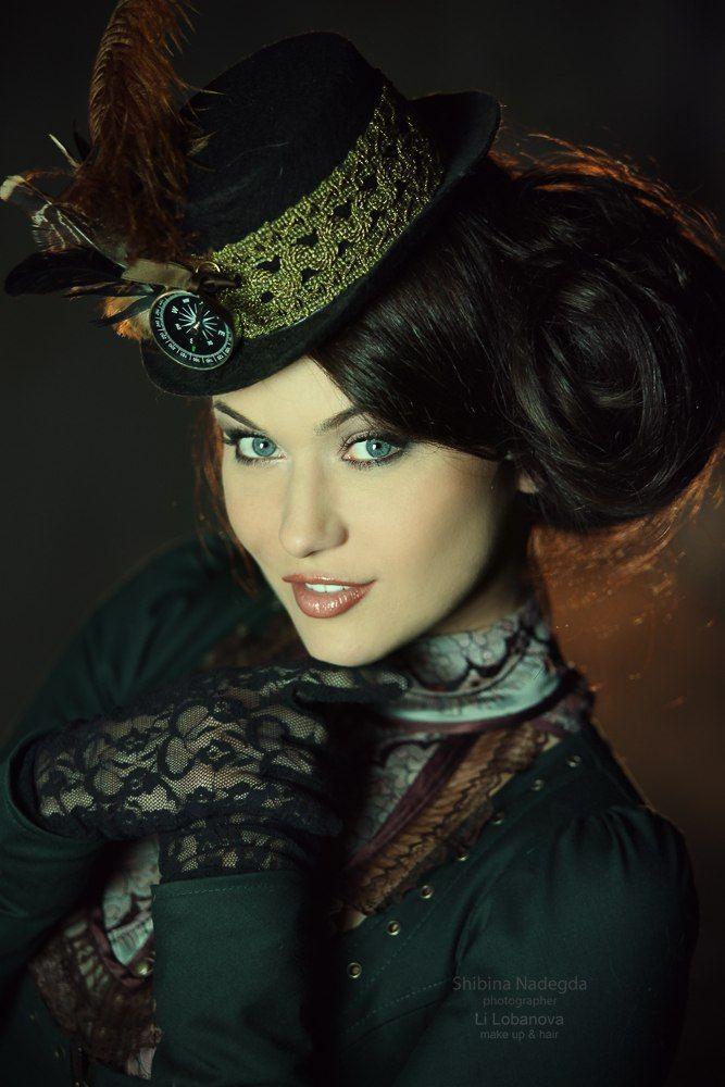 Steampunk Gothic Ladies Beauty Fashion Costume
