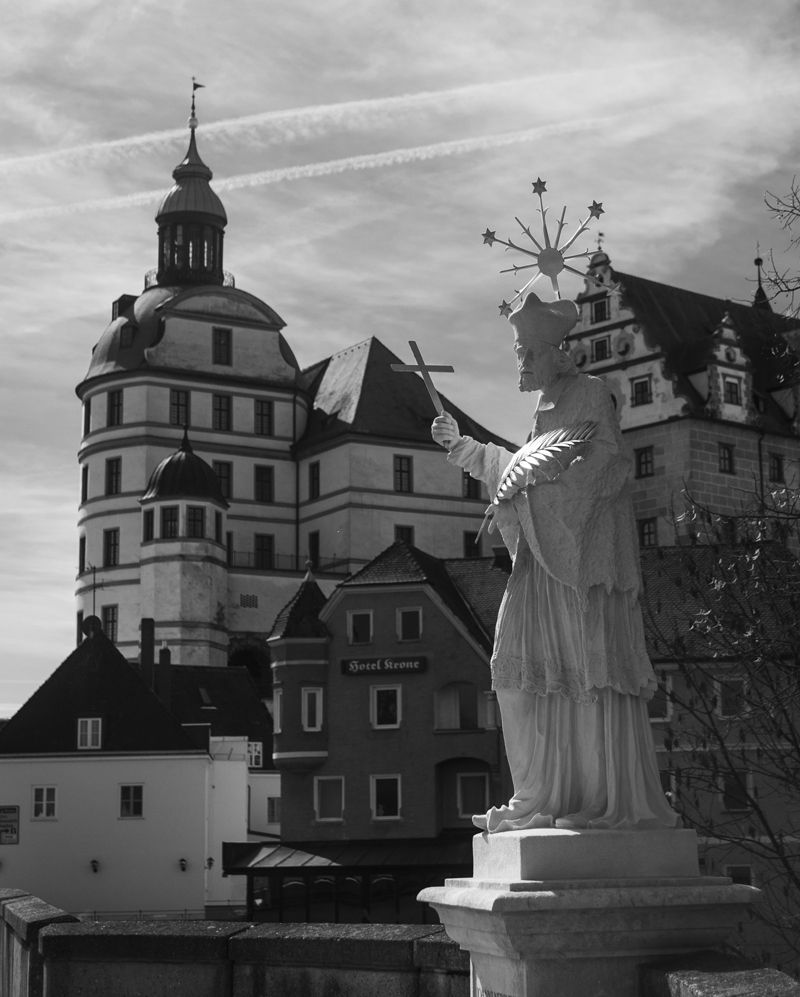 Altmuhltal Neuburgdonau Donau Nepomuk Donaubrucke Bavaria Bayern Panoramaweg Wandern Natur Nature Urdonau Entsp Landmarks Statue Statue Of Liberty