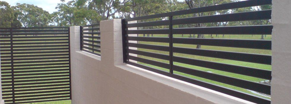 Tubular Fencing Elizabeth Jpg 980 350 Fence Design Brick