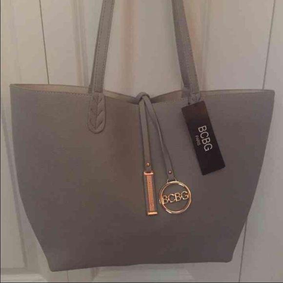 275138931e2c BCBG Handbags - BCBG Paris Bag! Reversible & Free Pouch &Strap ...
