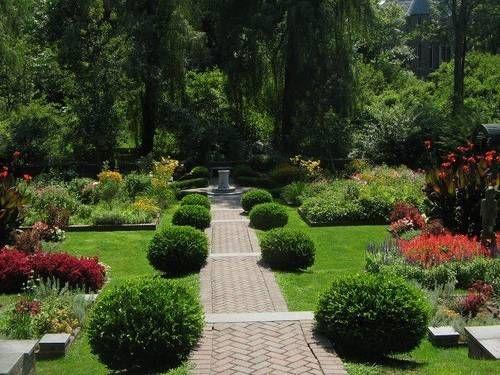 8a2dd2e2d46e082c411b2e091f64bc34 - Who Owns The Gardens Of Cedar Rapids