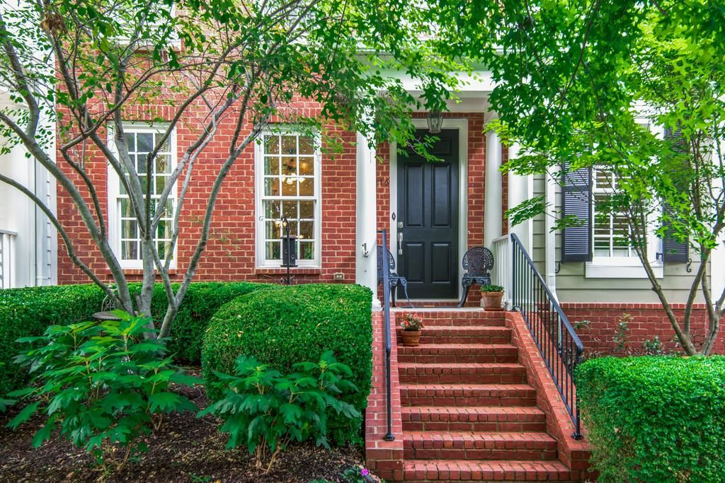 216 Pearl St Franklin Tn 37064 2 Bed 2 5 Bath 449 900 Adorable 3 Story Tow Home Nashville Areas