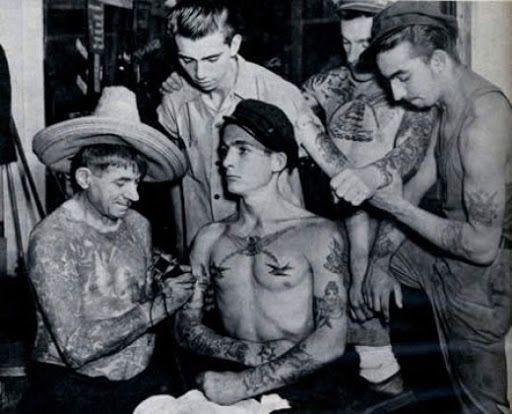 http://lh4.ggpht.com/_RvnAJ_8jAiU/SeKCIPFZWtI/AAAAAAAAAtU/KW5Pqz5iN3o/vintage-tattoo5.jpg